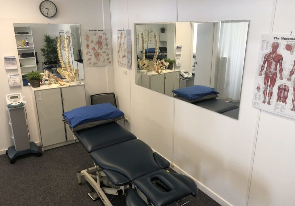 bardon physio treatment room